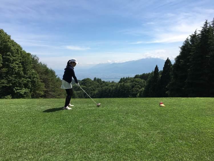社内ゴルフコンペ